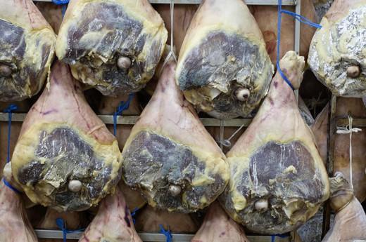 Jambon sec de Montagne entier avec os